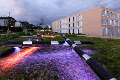 planification d'éclairage extérieur pour école et oeuvre d'art