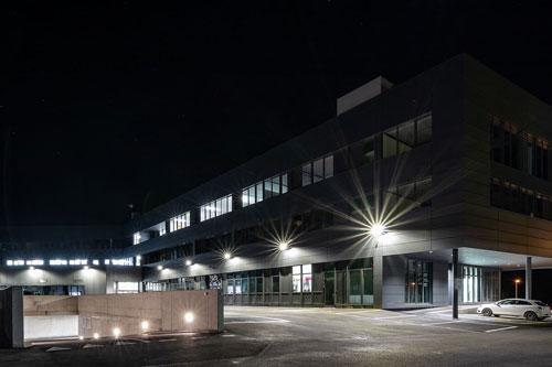 planification éclairage exterieur bâtiment entreprise